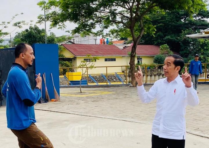 Membaca Pesan Politik Presiden Jokowi Dibalik Aksi Diam-diam Tinjau Waduk Pluit