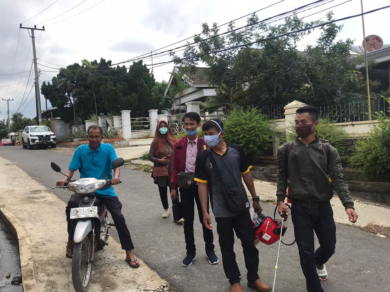IMM Universitas Muhammadiyah Lampung Lakukan Penyemprotan Disinfektan Guna Cegah Covid-19